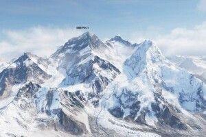 За півтора місяця з Евересту вивезли 11 тонн сміття