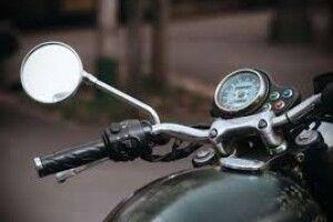 У селищі на Волині п'яний мотоцикліст пропонував патрульним 1 тисячу гривень