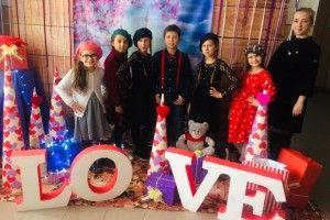 Учні організували модний показ і благодійний ярмарок солодощів
