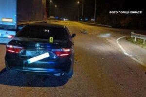 Водій збив велосипедиста, який переїжджав трасу по переходу – чоловік загинув