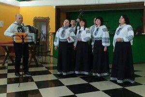 На Турійщині перед зборами селянам влаштували концерт