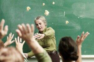 За погрози та напади на педагогів — штрафи!