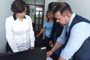 У Луцьку сімейний радник Віктор Вальчук провів прийом громадян