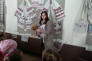 Луцькі дошкільнята в музеї пізнавали українські традиції (Фото)