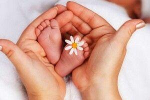 За народження дитини в Україні платитимуть 400 000 гривень!