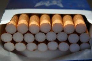 На Волині виявили контрабандні цигарки під залізною рудою