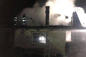 В Устилузі під час пожежі ледь не вибухнув газовий балон