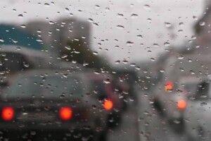 Дощ паралізував Київ