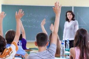 На Волині коронавірусом перехворіло вже 400 учнів і понад тисяча працівників шкіл