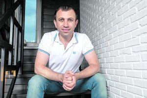 Нестандартний кандидат Сергій Адамчук: про гроші, вибори, зміни іте,що робити уВР *