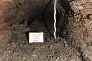 У Луцьку під монастирем знайшли нові ходи