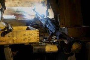 Українські бійці зворушливо розповіли про легендарну «МОНку» – собаку-сєпарів за ногу кусаку (Фото)