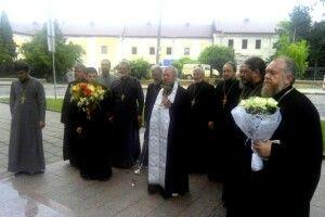 Камінь-каширські священики молитовно вшанували розстріляних в'язнів Луцької тюрми