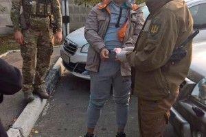 Посадовець тилового забезпечення вимагав хабар за поставку продуктів українським військовим