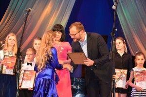 Творчо обдарованих дітей нагородили грошовими преміями та оваціями