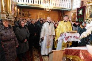 У Смоляві на Горохівщині громада зреклася Московського патріархату. Але без шарпанини не обійшлося (Фото)