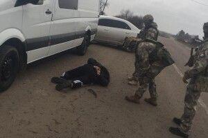 Дві банди наркоторговців та рекетирів викрили у Нововолинську (Фото, відео)