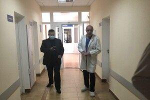 Виділили кошти на доплати волинським лікарям, які лікують хворих на коронавірус пацієнтів