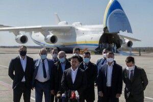 Зеленський збрехав про «гуманітарний» вантаж, який доставила «Мрія»