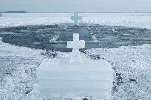 В озері Світязь підготували ополонку для освячення води (Фото)