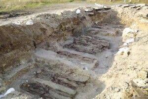 На Рівненщині під асфальтом знайшли поховання вояків УПА