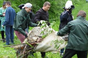 У Луцьку прибирали береги Сапалаївки (Фото, відео)