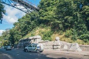 У Києві чоловік стрибнув з Моста закоханих
