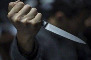 Прокурори вимагають взяття під варту лучанина, який вдарив громадянина ножем у живіт