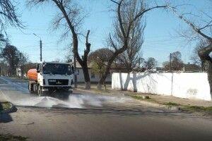 Уже й у селах на Горохівщині дезинфікують вулиці