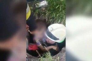Бійці ДСНС врятували шестирічного хлопчика, який впав у каналізаційний колодязь