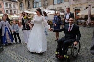 Буковинка вийшла заміж за героя-десантника та учасника «Ігор нескорених»