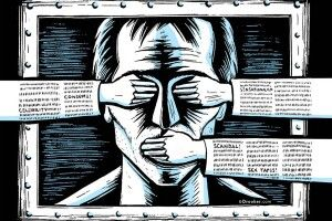 Гірше, ніж диктаторські закони: експерт про законопроєкт «про протидію дезінфоромації»