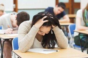 Оголосили порогові бали з математики, фізики, англійської, іспанської, німецької та французької мов