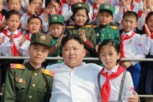 Жителі КНДР платять хабарі, щоб вижити
