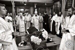 У Луцьку попрощалися зі священником, який загинув в аварії (Фото)