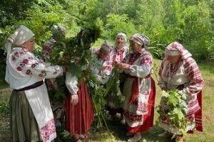 У селі на Рівненщині досі проводять дохристиянський обряд (Фото)