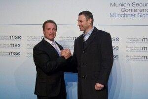 Шварценеггер привітав Кличка з перемогою на виборах (Фото)