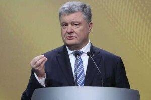Порошенко: «Кожен протестуючий білорус захищає демократію і заради національних інтересів України»