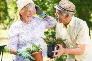 Скільки живуть і коли виходять на пенсію громадяни різних країн