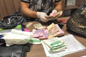 На Волині «погорів» на хабарі чиновник – спокусився на 14 000 гривень