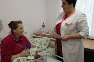 На Рівненщині жінка народила 19-ту дитину