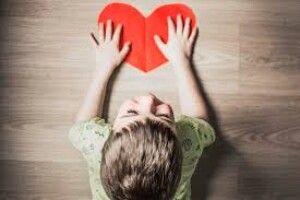 «Дякуємо кожному,  хто прихистив  знедолену дитину»