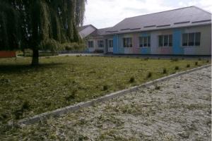 Стіни і дах, наче решето: у селах Волині ліквідовують наслідки стихії (Фото)