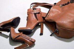 Волинянок на покупках одягу і взуття в інтернеті ошукали продавці-шахраї