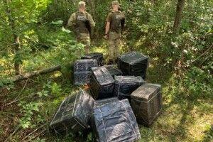 На Волині контрабандистам не вдалось переправити через Буг 11 тисяч пачок сигарет