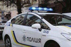 На Рівненщині озброєний водій запропонував поліцейським 400 доларів хабара