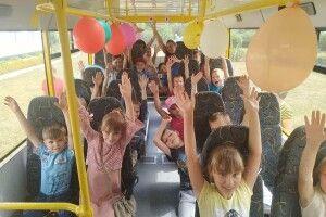 Школярі села у Володимир-Волинському районі отримали новий автобус