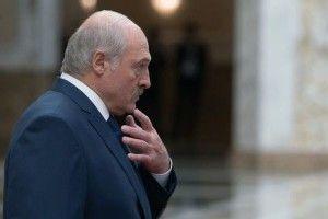 Лукашенко поскаржився, що Порошенко вважає його «проросійським»