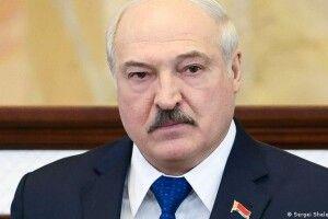 Лукашенко наказав повністю перекрити кордон зУкраїною
