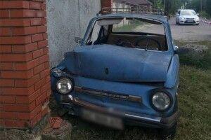 У Луцьку пенсіонер розбив у ДТП свій легендарний ретро-автомобіль